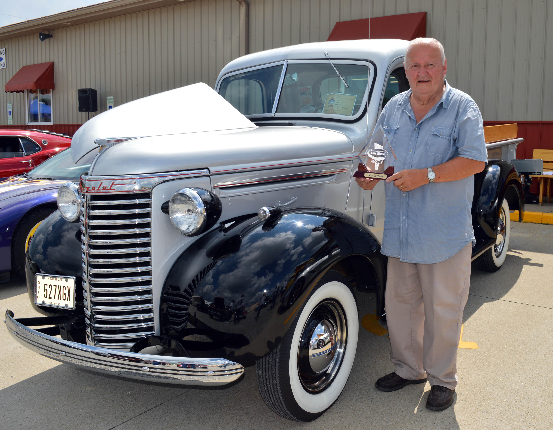 ohio flea market antiques gallery car show
